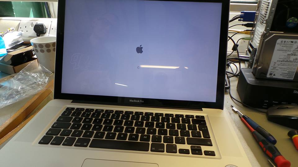MacBook Pro (15-inch, Mid 2010) A1286 Screen Replacement | Creative IT London
