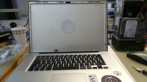 MacBook Pro (15-inch, Mid 2010) A1286 Screen Replacement